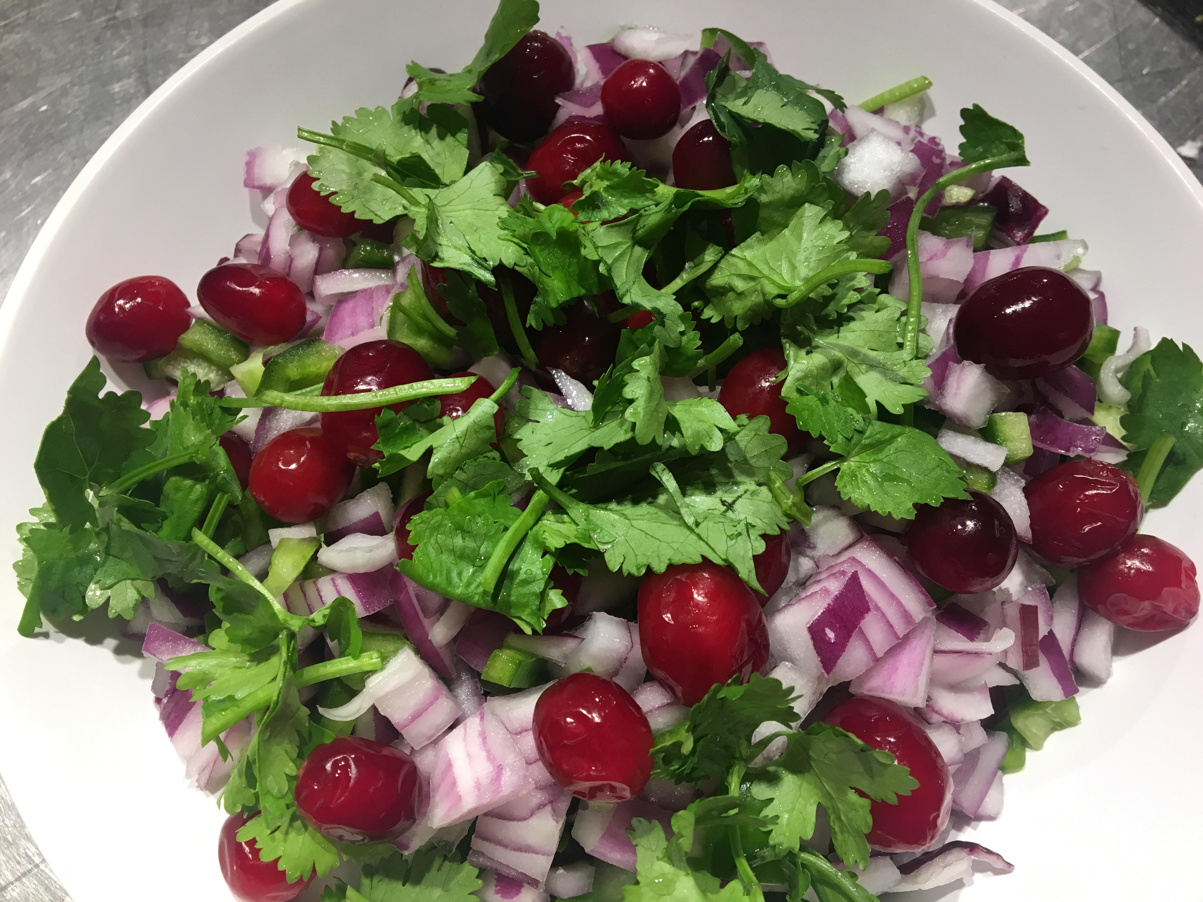 輕食新主意- 蔓越莓騷莎沙拉