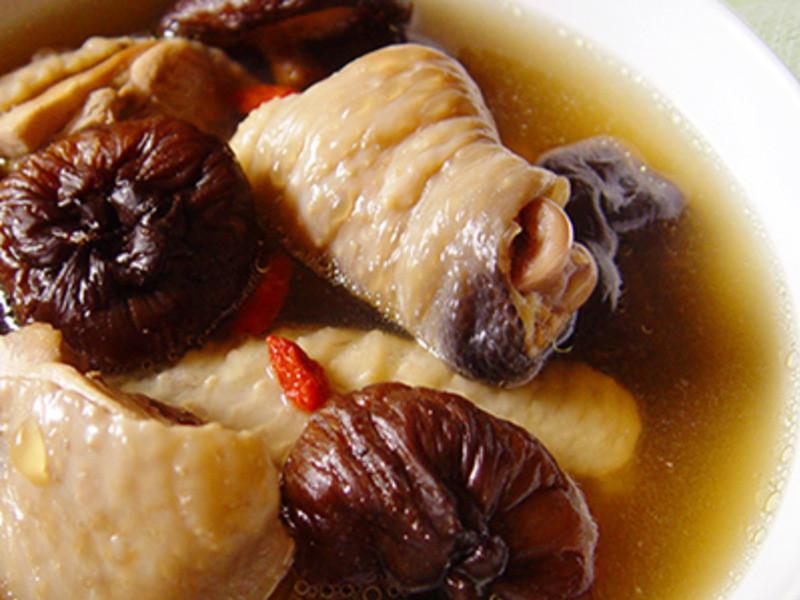 【厚生廚房】香菇雞湯
