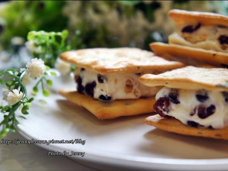 莓果QQ夾心餅