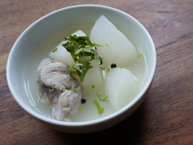 馬告蘿蔔排骨湯