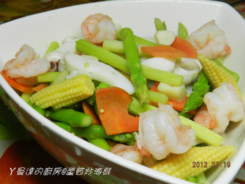 ㄚ曼達的廚房~康寶鮮味炒手鰹魚口味~蘆筍炒海鮮