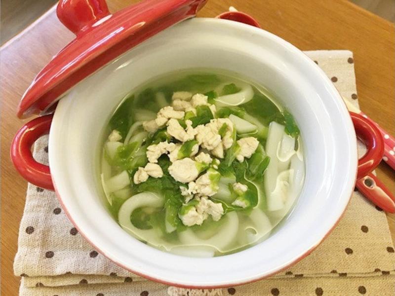 寳寶副食品「雞肉烏龍麵」日式和風味 ♪