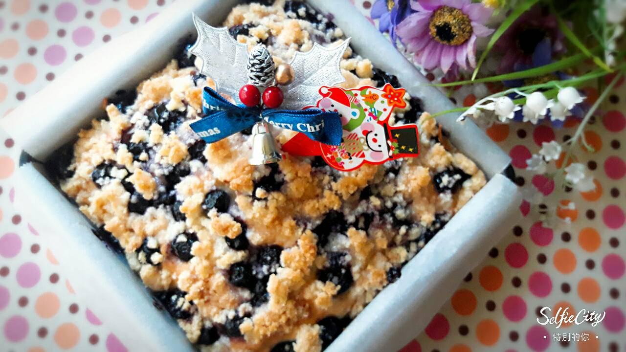 莓莓酥粒蛋糕