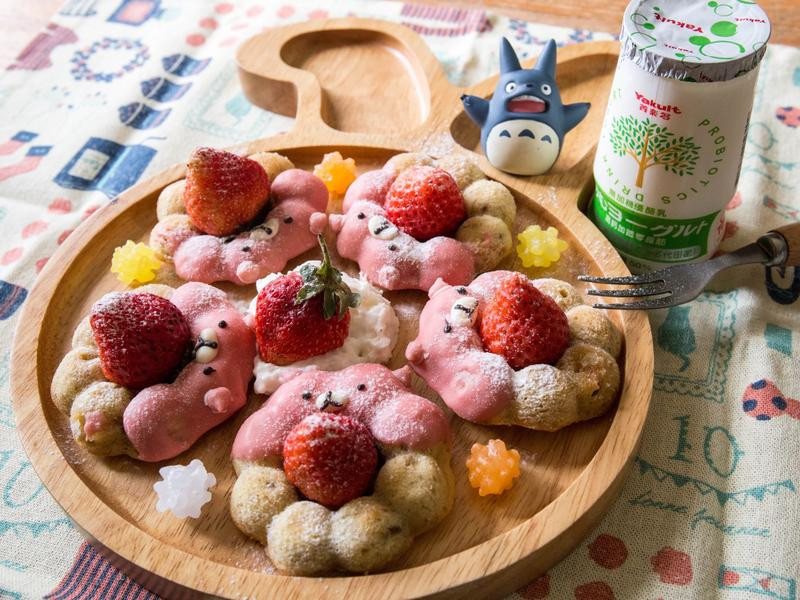 草莓早餐 ♥ 草莓熊甜甜圈