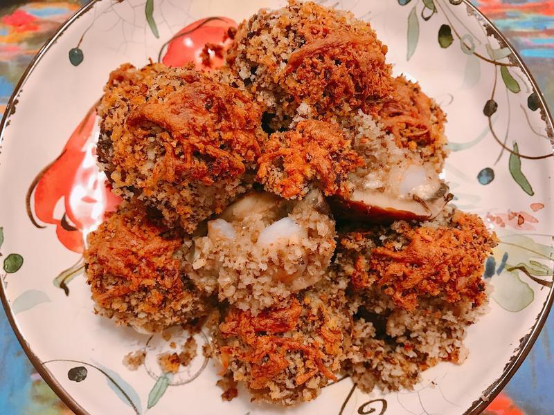 焗烤鮮蝦蘑菇- 自製餡料豐富的蘑菇