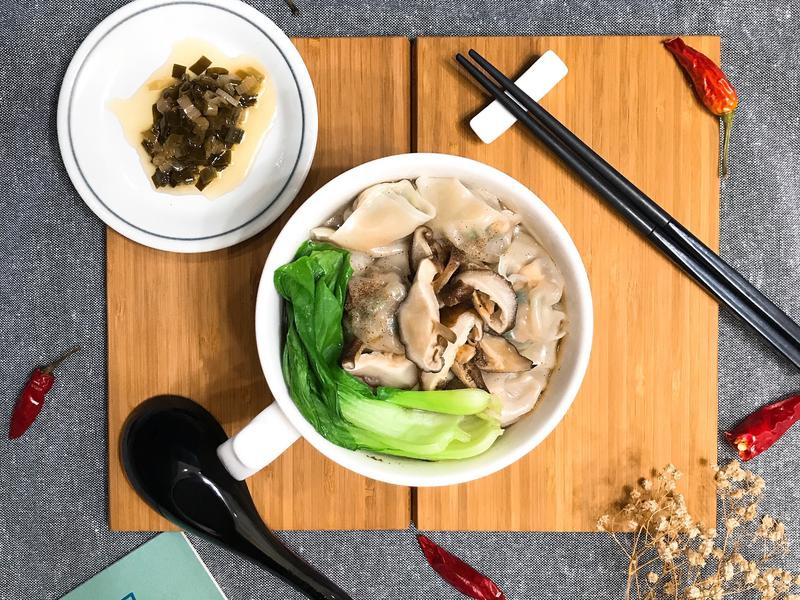DIY餛飩麵「豬肉韭菜豆干餡」