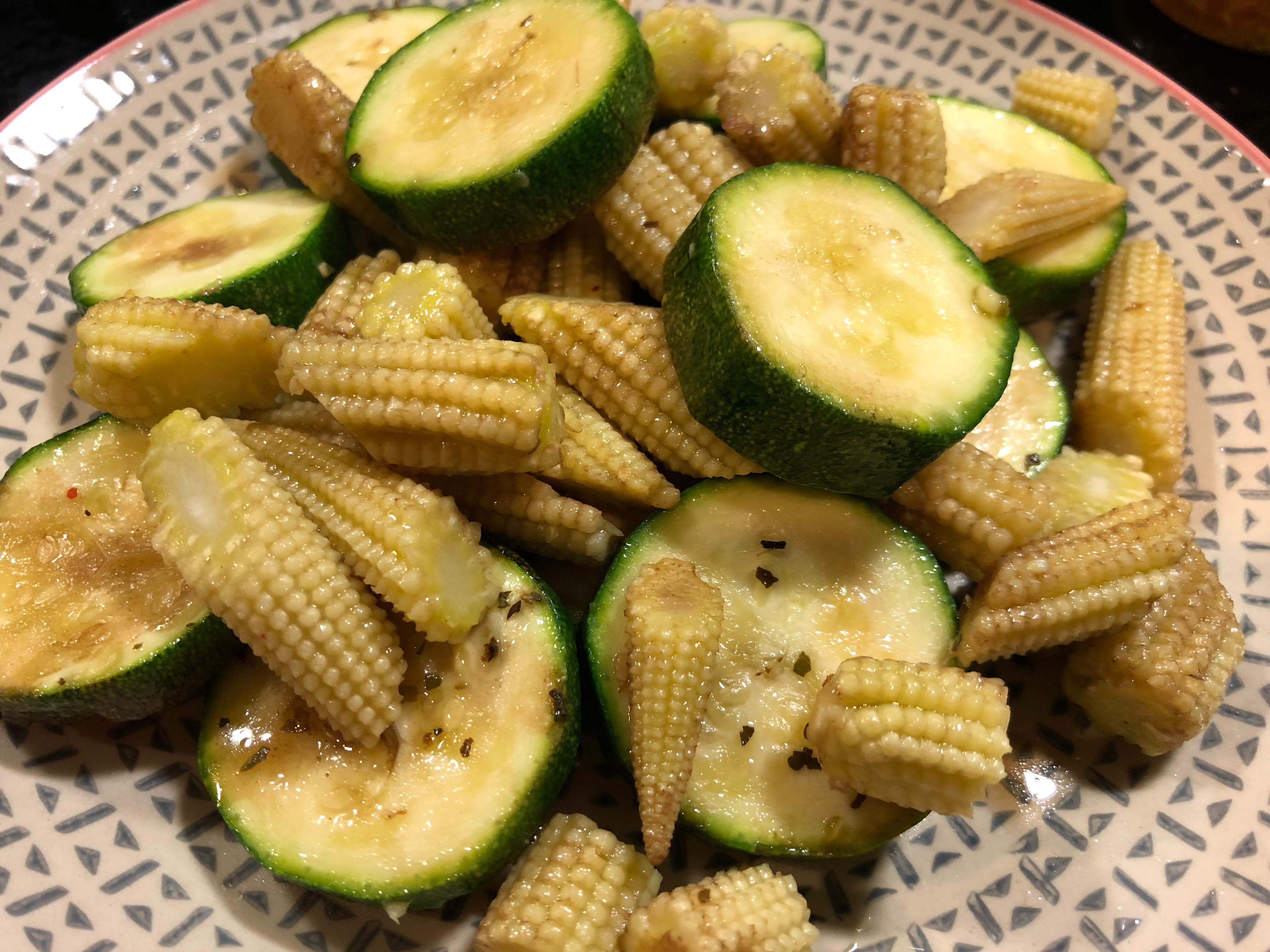 鹽烤櫛瓜玉米筍🥒