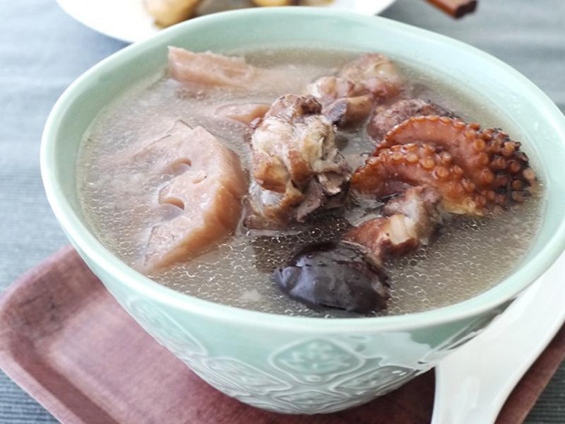 章魚蓮藕排骨湯