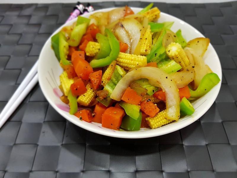 黑胡椒炒時蔬 低卡美食