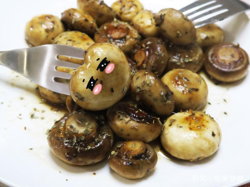 15分鐘快速上菜之奶油蒜片炒蘑菇