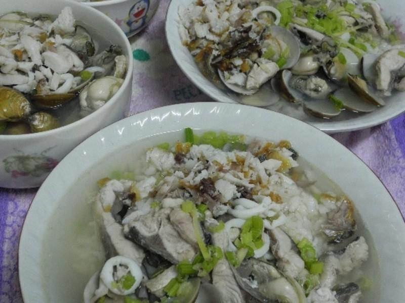 古早味飯湯(海產粥)