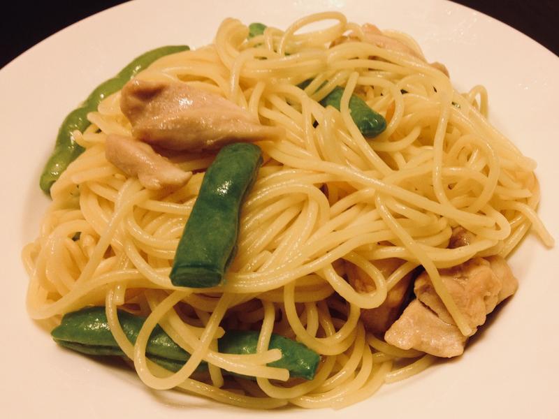 雞柳豆角橄欖油炒意粉