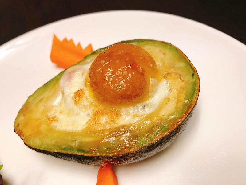 魔化火腿蛋🥚-創意酪梨🥑烤蛋