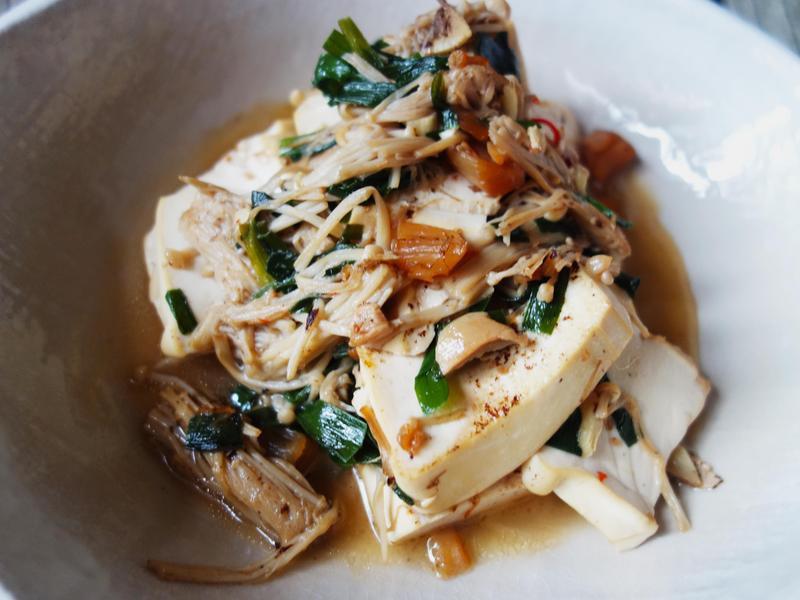 干貝醬韭菜金針菇燒豆腐