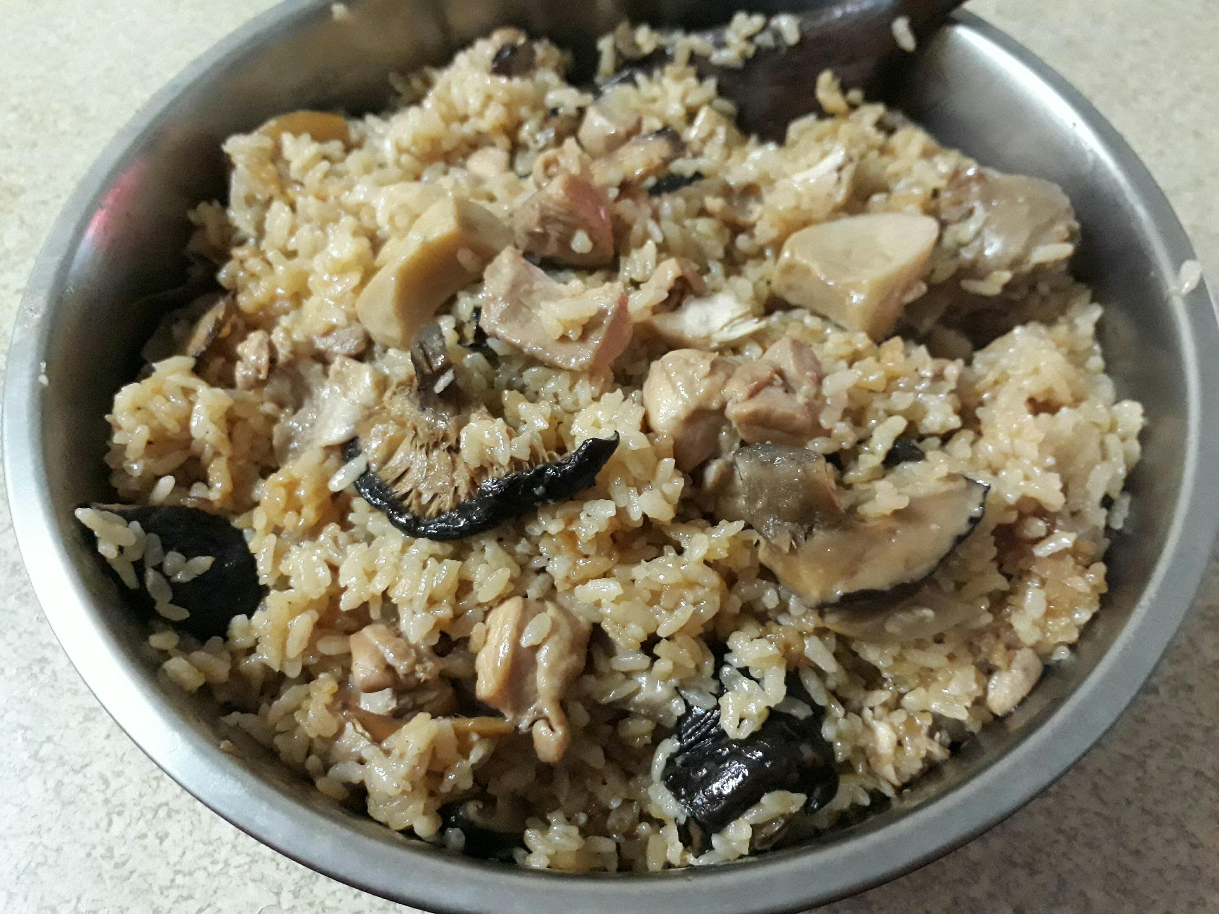 菇菇雞肉飯