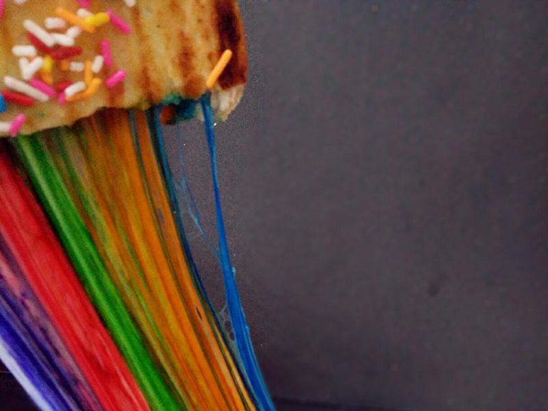 会吐出彩虹的吐司