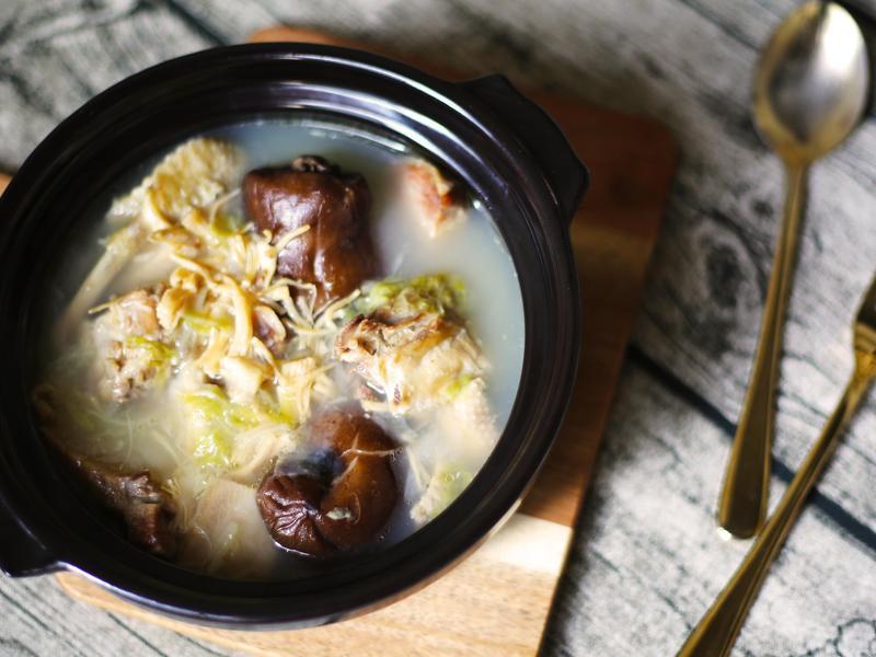 金華火腿白菜干貝香菇雞湯