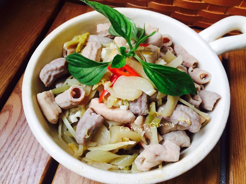 酸菜小腸(便當菜)