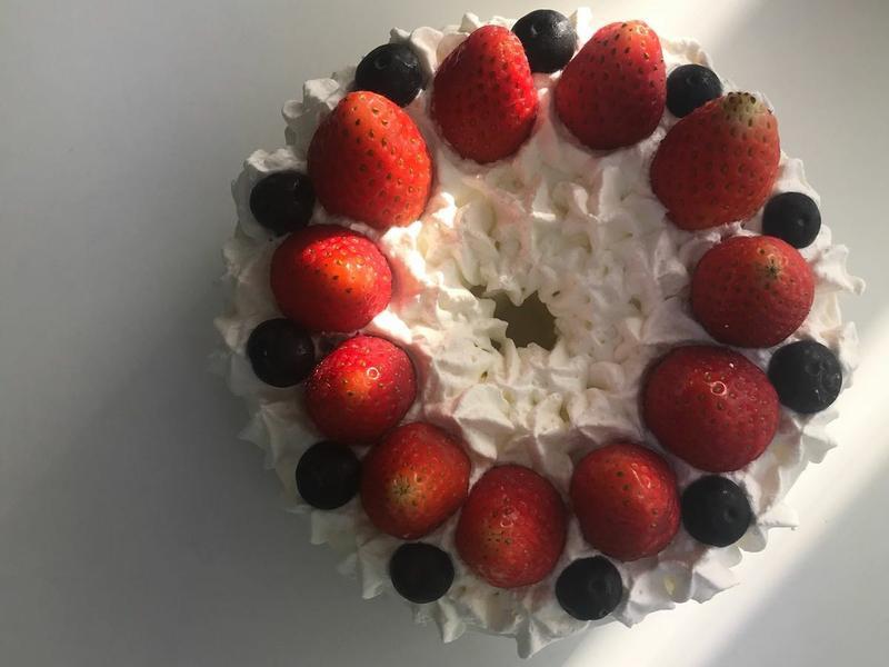 草莓藍莓奶油戚風蛋糕(6寸)