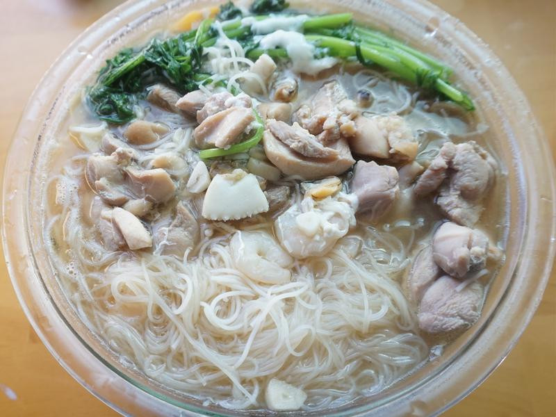 暖胃雞米粉湯