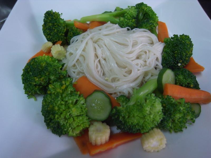 康寶鮮味炒手~ 清爽鮮蔬麵線