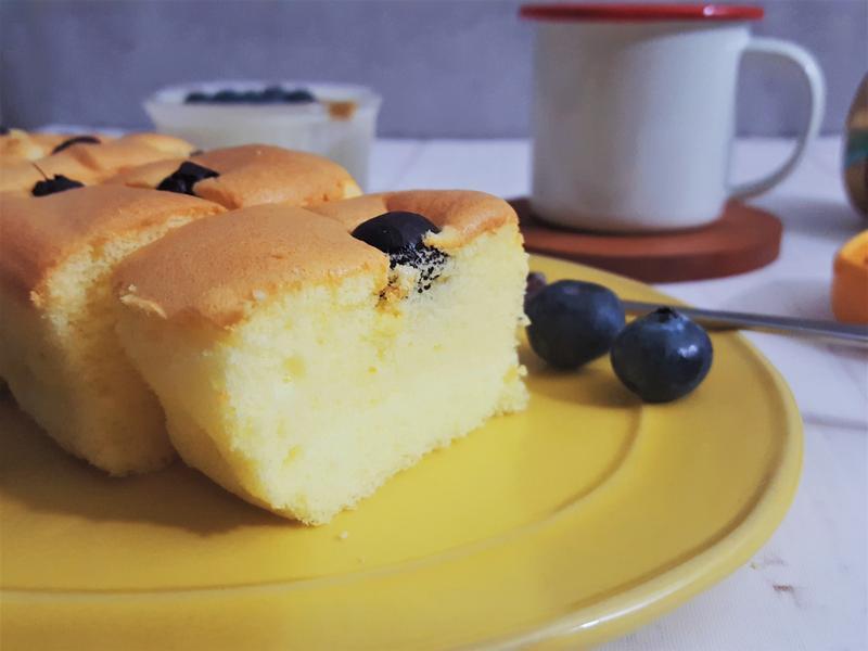 ふわふわ~舒芙蕾藍莓優格蛋糕
