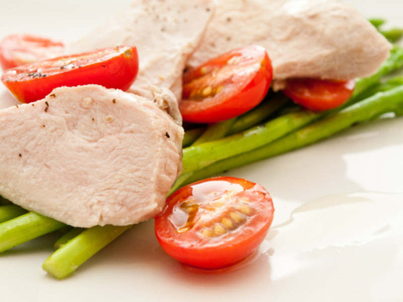 【吉刻美食】雞胸佐蘆筍沙拉