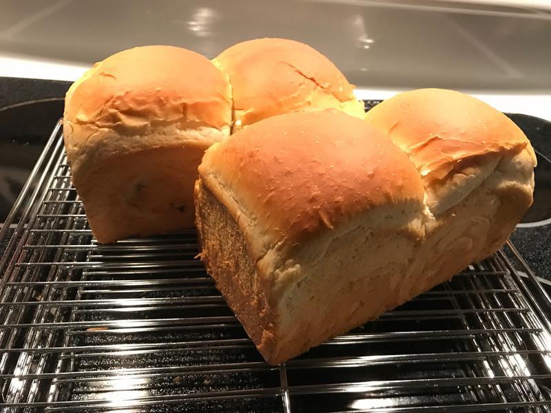葡萄牛奶吐司麵包