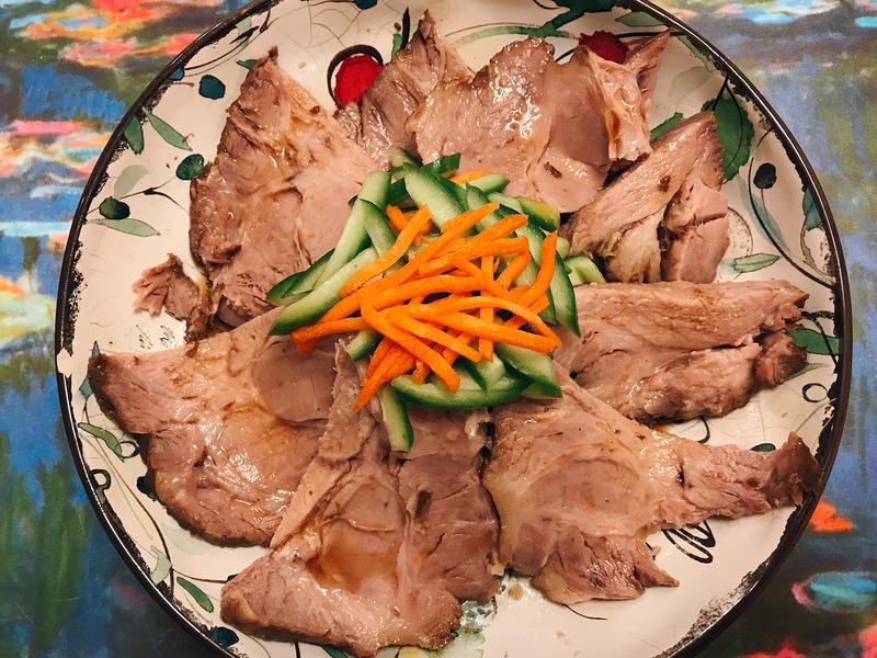 滷帶骨豬肩肉- 年菜