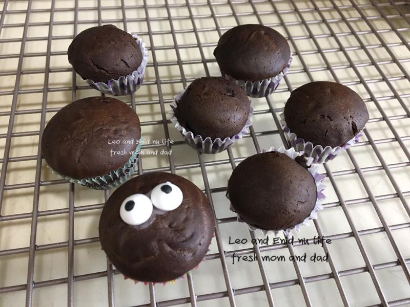 寶寶版杯子蛋糕⁕角豆粉·小V鬆餅機