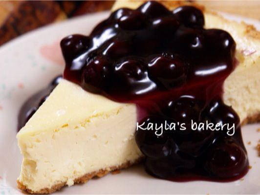 <紐約客必吃>重乳酪起司蛋糕佐藍莓醬