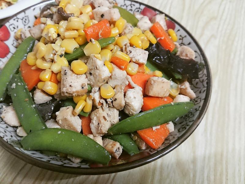 家常菜🍽鮮蔬玉米炒雞丁