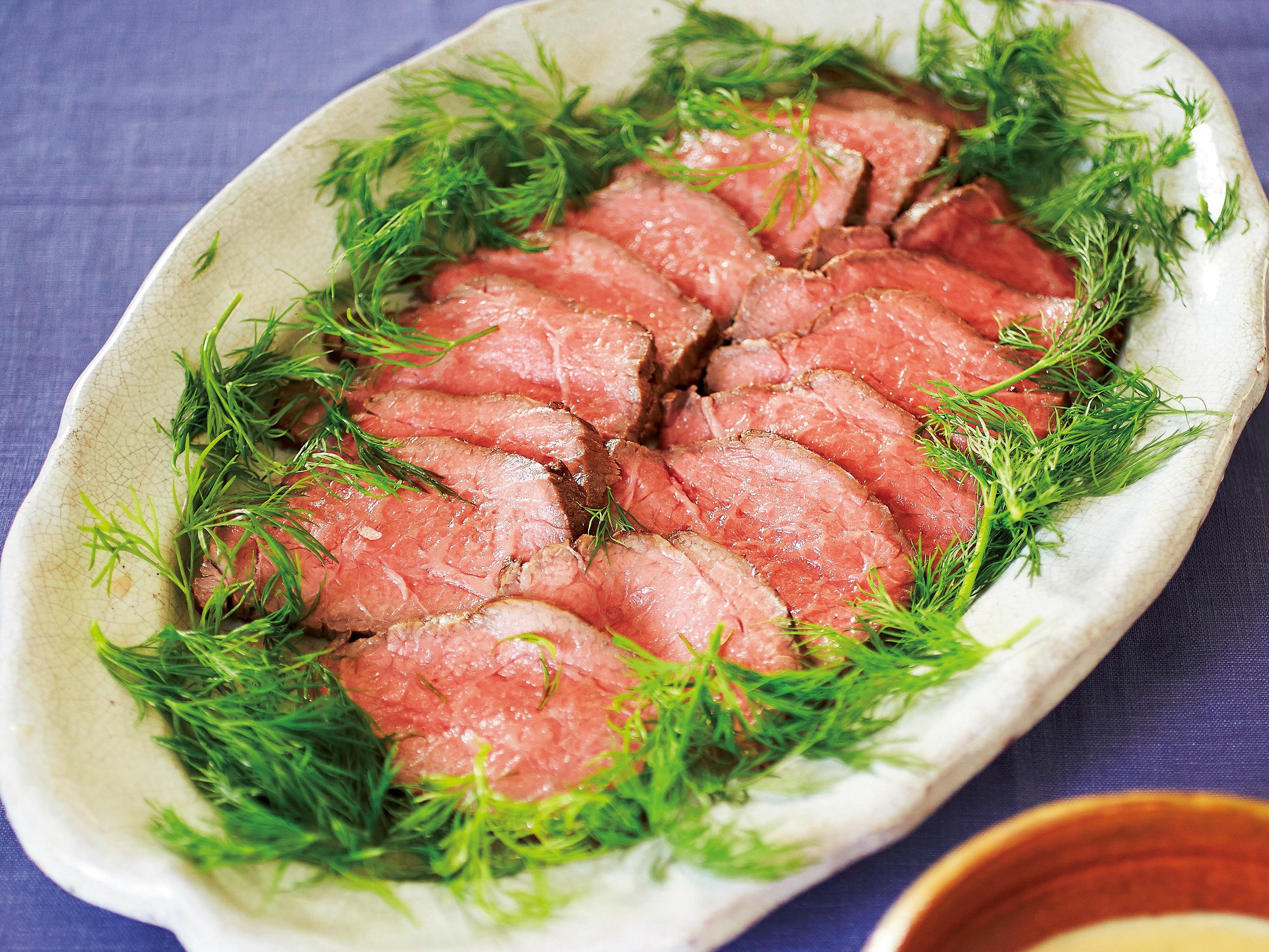 烤牛肉佐白味噌與蒔蘿醬