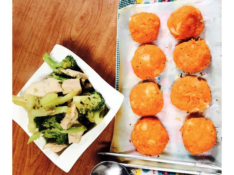 我的美味餐食《紅蘿蔔馬鈴薯泥起司球餐食》