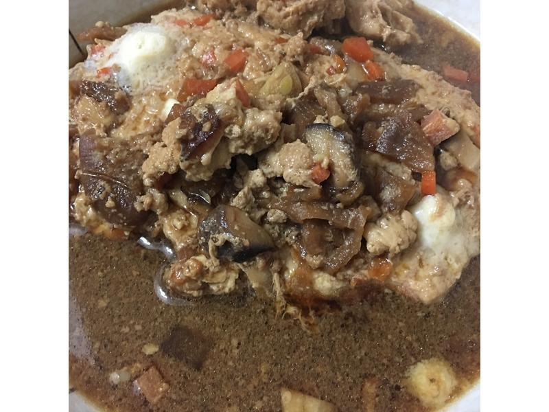 神秘燉肉 👏燉菜脯香菇絞肉排👏