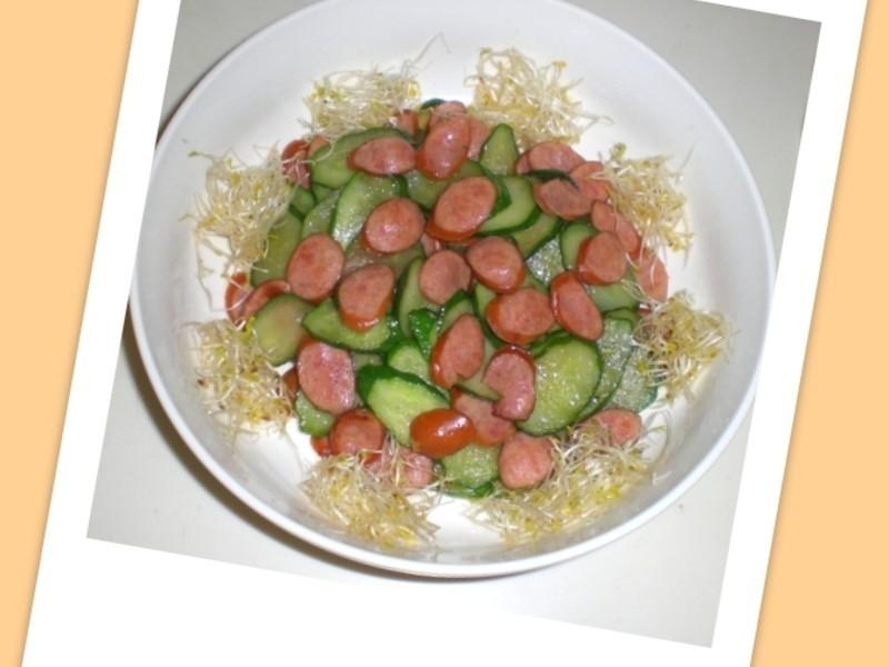 康寶鮮味炒手鰹魚風味~小黃瓜炒德腸