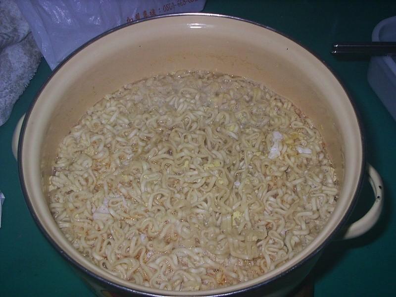 康寶鮮味炒手鰹魚風味+泡麵