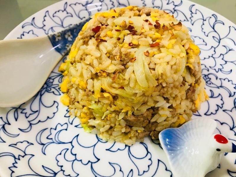 快速上菜吃好飽:中華綜合蛋香炒飯