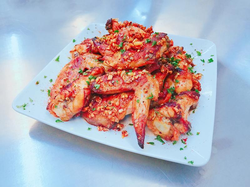 匈牙利紅椒蒜香烤翅