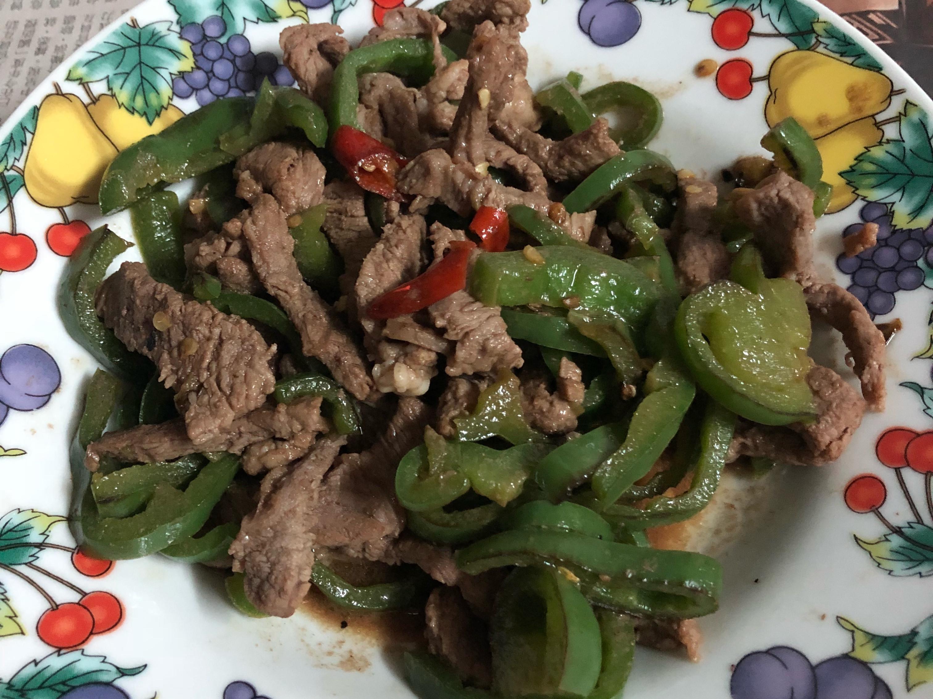 青椒炒牛肉(微辣)