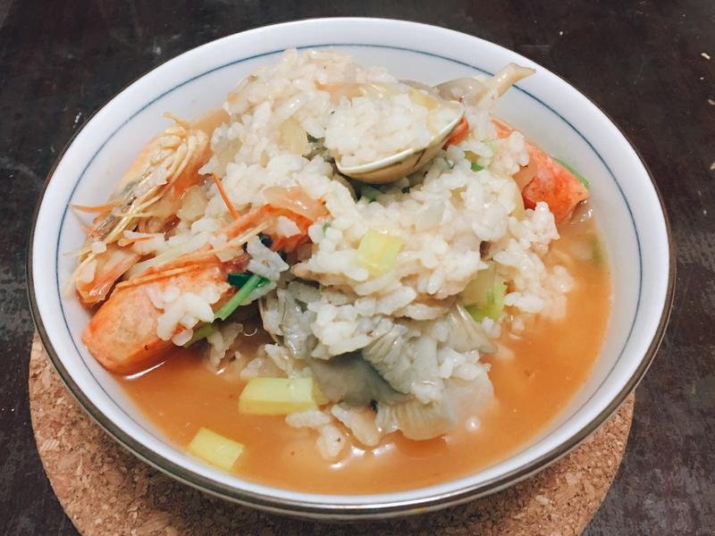 寒冬暖胃海鮮粥