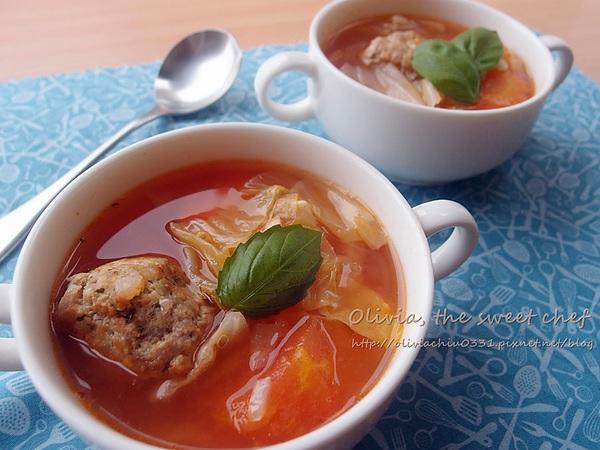 Olivia♥義式小肉丸番茄蔬菜湯