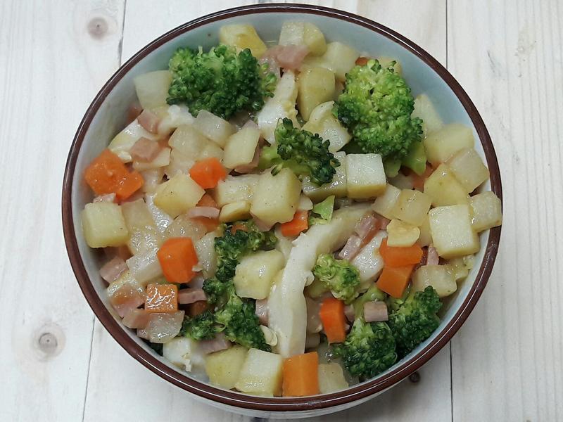 滿滿鮮蔬咖哩烏龍麵