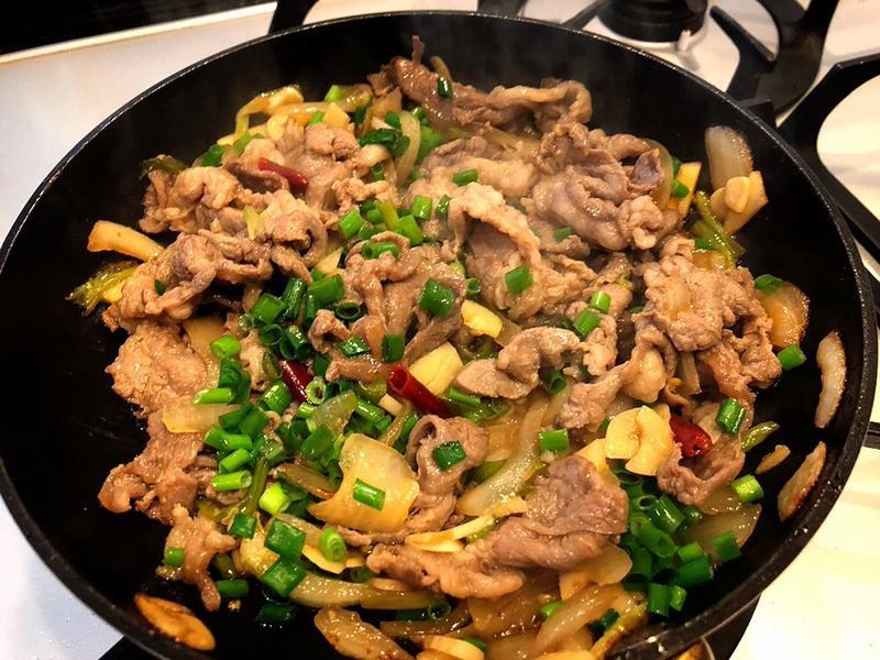 大吟釀蔥爆羊肉(大吟釀可用米酒代替