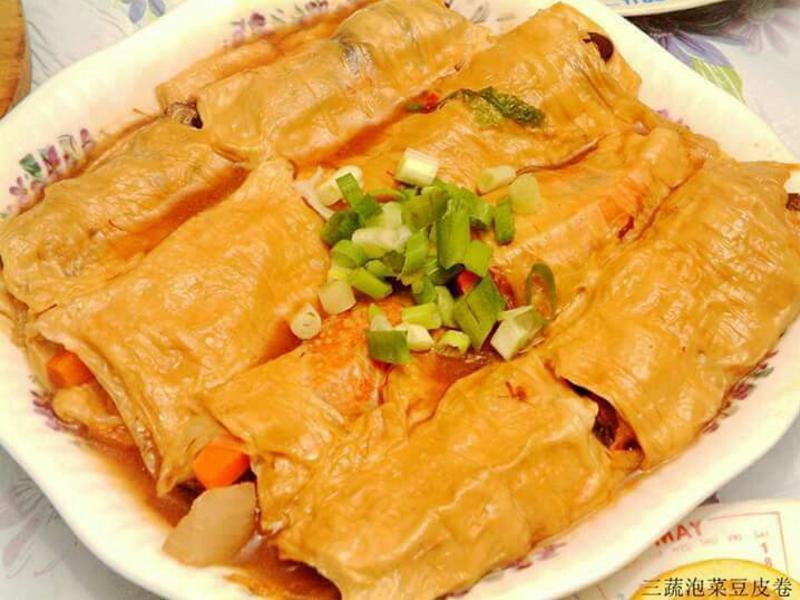 [年菜系列] 三鮮泡菜豆包卷