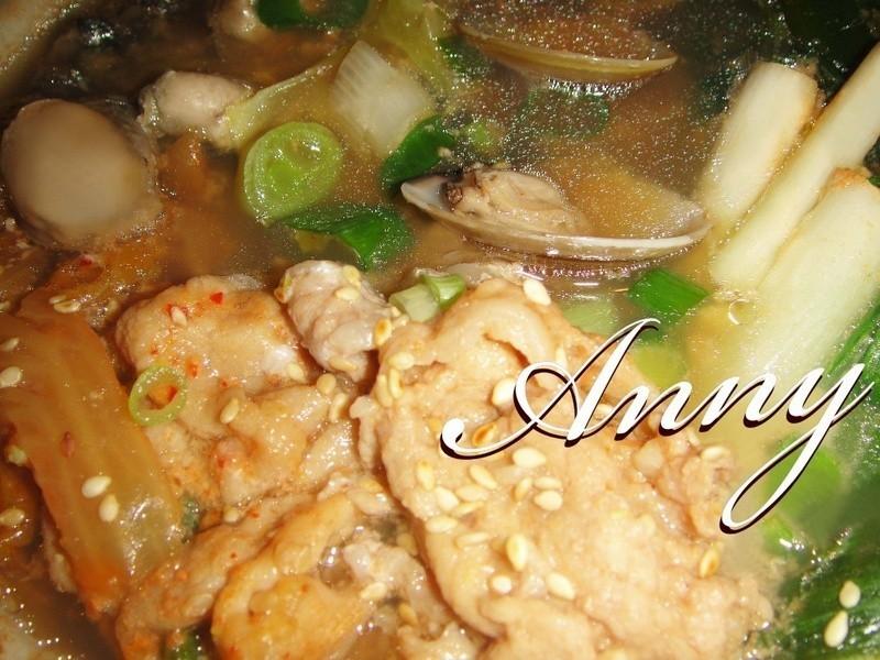 [韓式]泡菜豬肉海味鍋