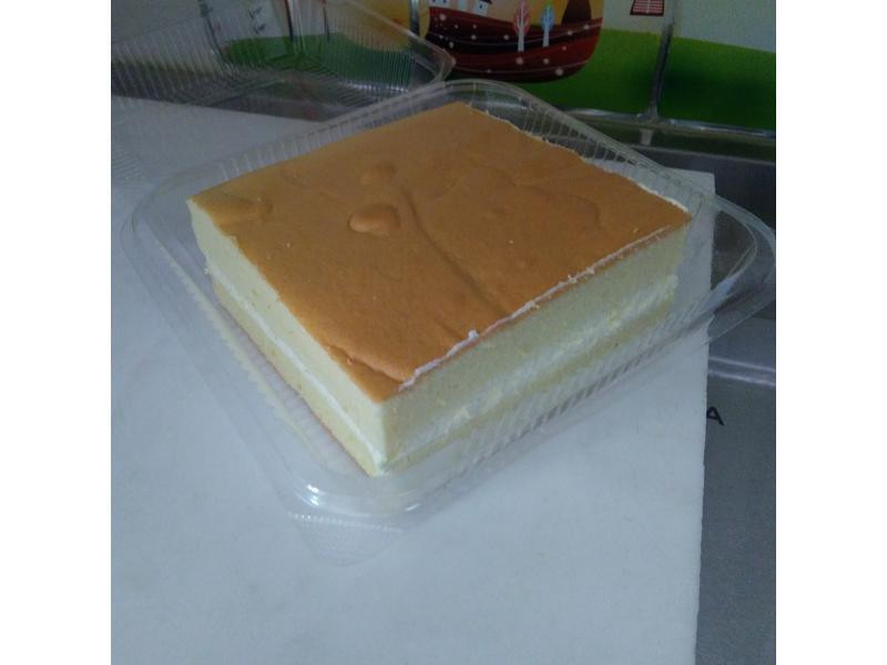 卡羅諾曼第牛奶蛋糕