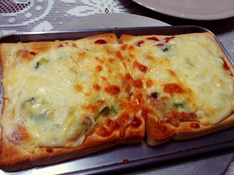 雙司對決披薩
