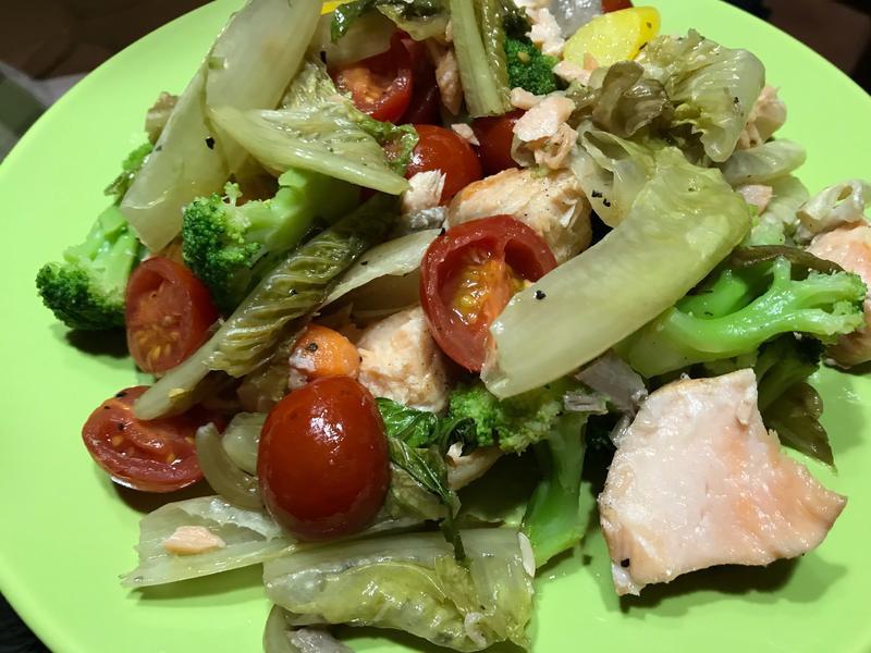 烤鮭魚鮮蔬沙拉