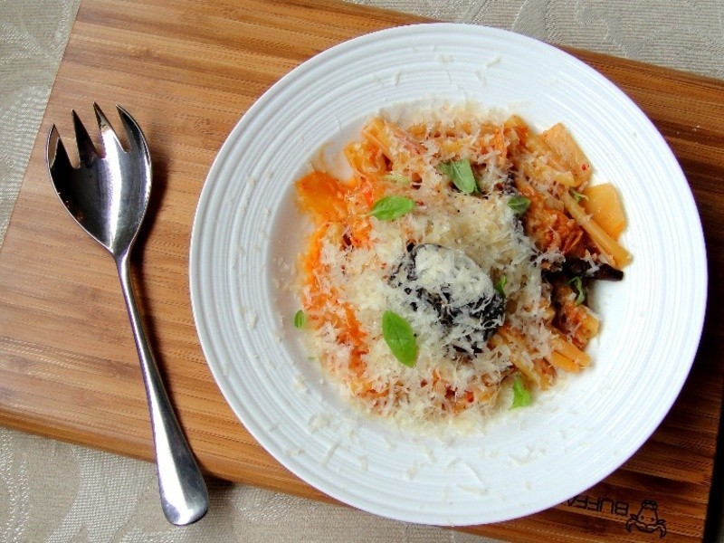 韓式泡菜義大利麵 Kimchi pasta
